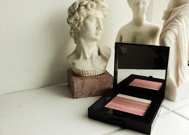 Bobbi Brown's legendary Shimmer Palette in Rose.