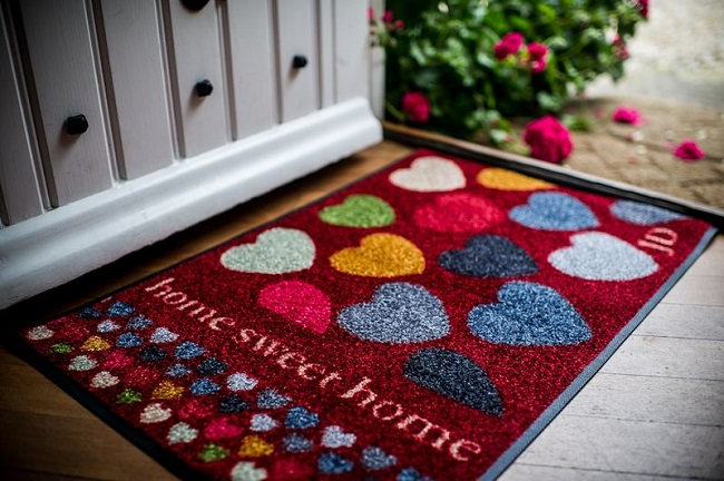 A heart doormat  designed by Julie Dodsworth.
