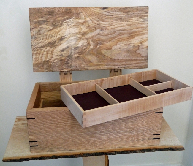 jewellery box by Keith Shorrock