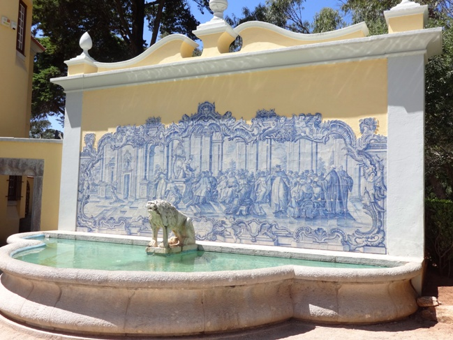 Now that's what I call a water feature - at the Guimares Palace