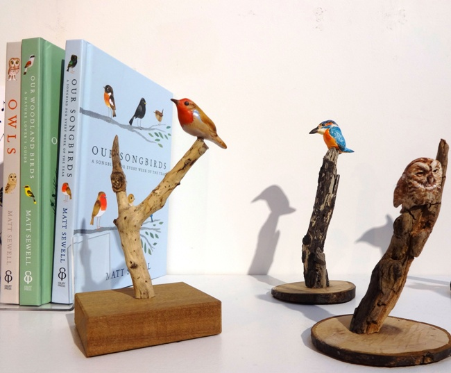 Little bird sculptures by David Cemmick