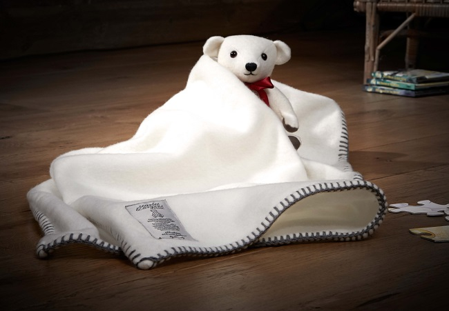 Cashmere teddy and baby blanket from Scarlet & Argent.