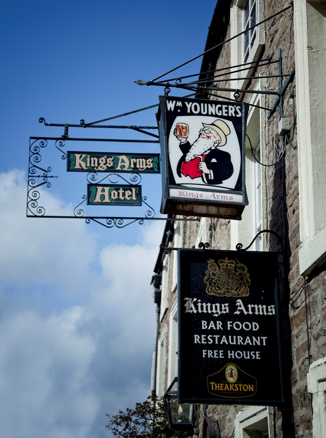 King's Arms April 12  22