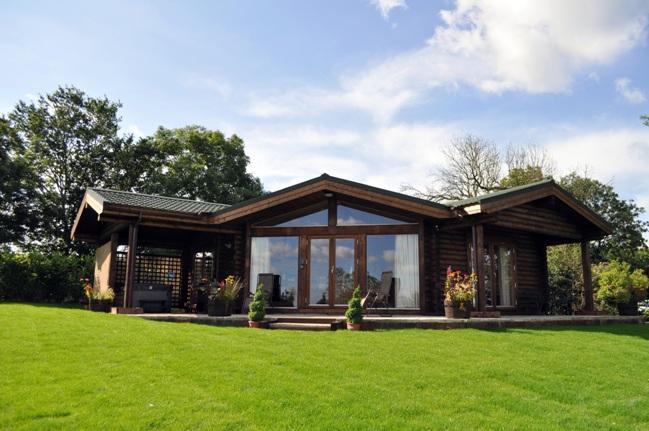 Lillie Lodge