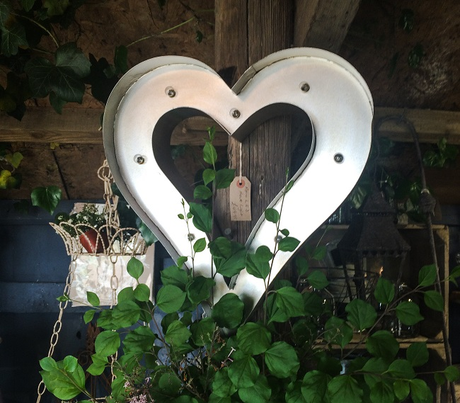 I love this illuminated heart - might have to go and get it.